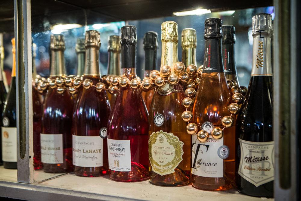 champagne.jpg#asset:140:url